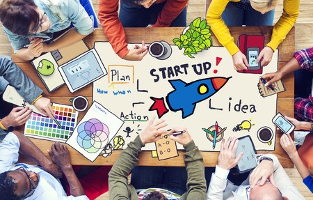 How to Leave your Day Job to Focus Full Time On Your Startup Idea