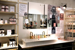 & Other Stories beauty display, London