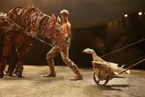 Joey and Goose in War Horse at the New London Theatre, photo credit Brinkhoff Mögenburg