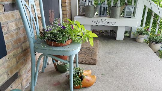 chair planter porch (3)