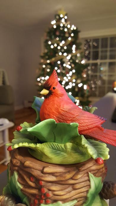 my-thrifty-house-christmas-house-tour-cardinal
