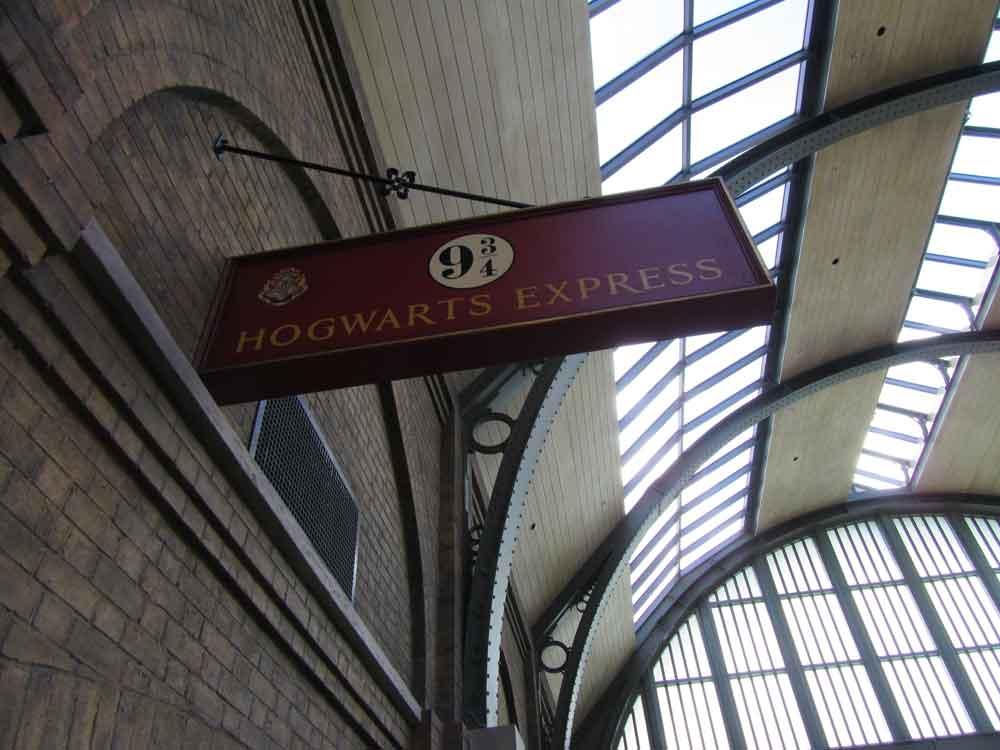 9 3/4 Platform