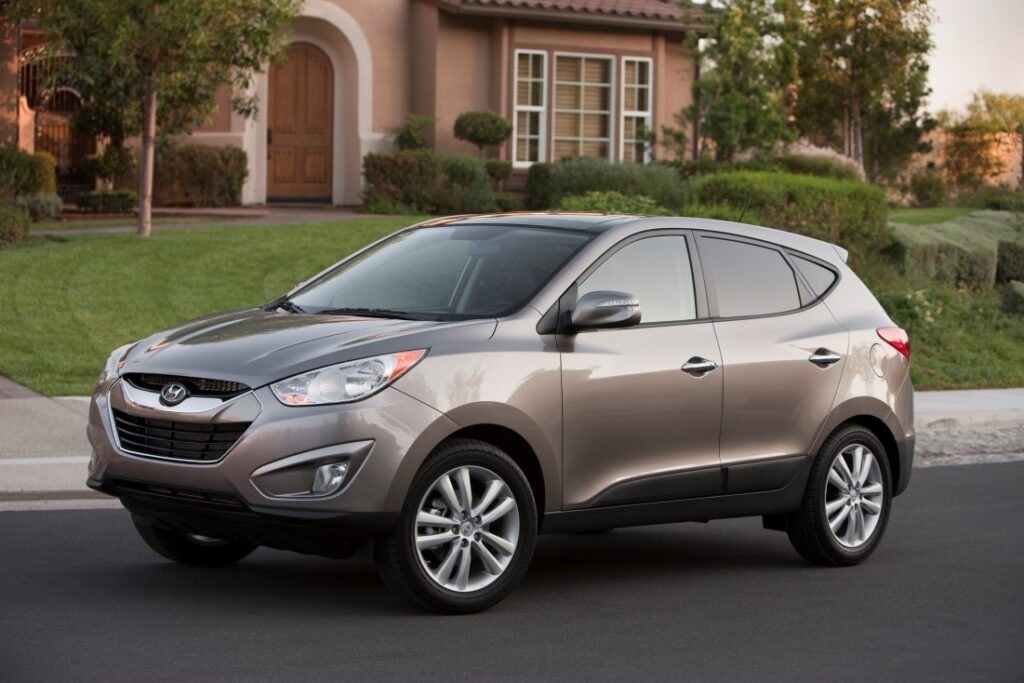 HYUNDAI'S ICONIC TUCSON SUV SURPASSES ONE MILLION SALES IN THE U.S. via Carsfera.com