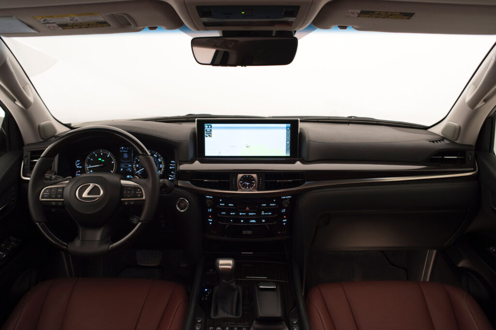 2020 Lexus LX570 is the Sexy Cousin of the Land Cruiser via Carsfera.com