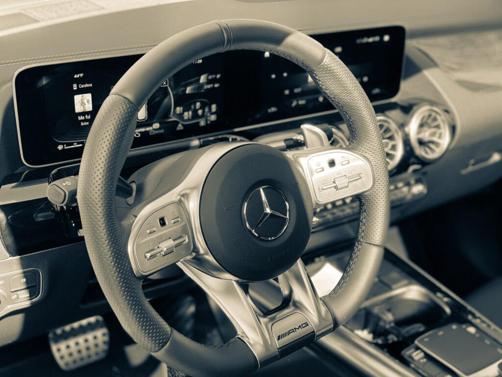 2021 Mercedes-Benz AMG GLA35 – The Practical Hot Hatch via Carsfera.com