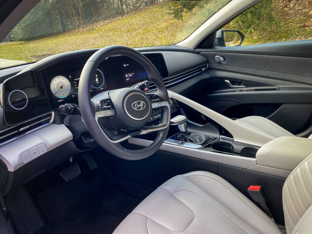 2021 Hyundai Elantra Limited Taking Daring Designs to a New Level via Carsfera.com