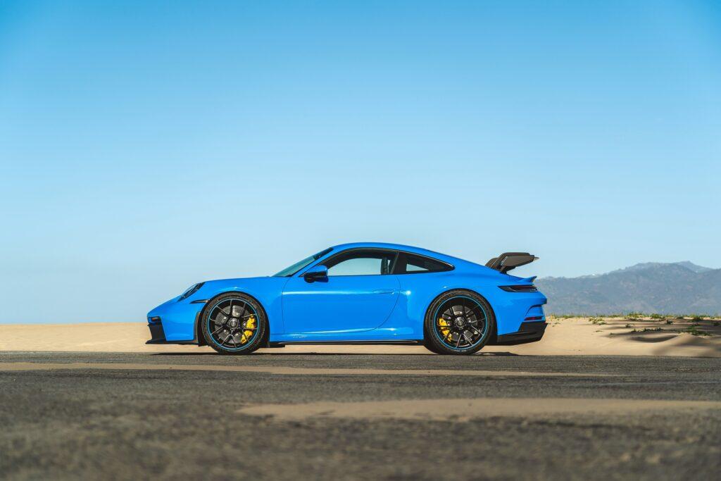 2022 Porsche 911 announced: 911 GT3 pricing, enhanced tech and new options across the range via Carsfera.com