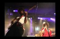 Boom Pam and Karolina cover Led Zeppelin's Black Dog