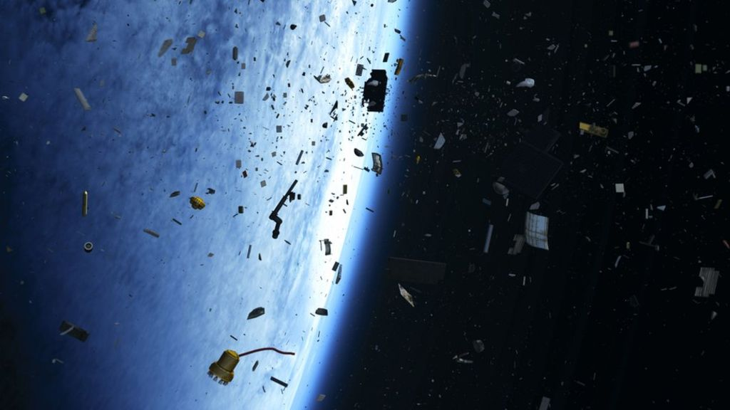 https://ichef-1.bbci.co.uk/news/1024/cpsprodpb/15052/production/_95689068_space_debris.jpg