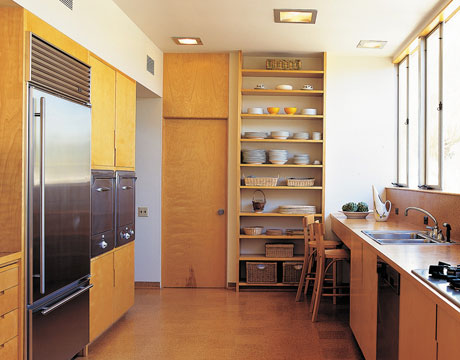 Floor-to-Ceiling-Shelving