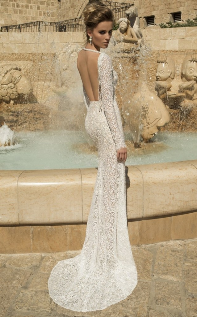 Totally-Stunning-Long-Sleeved-Wedding-Dresses