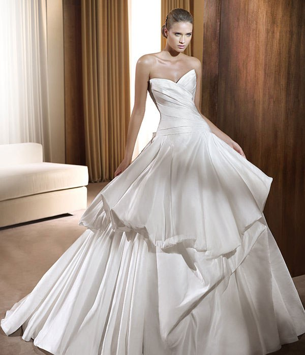 beautiful-wedding-gowns-2015