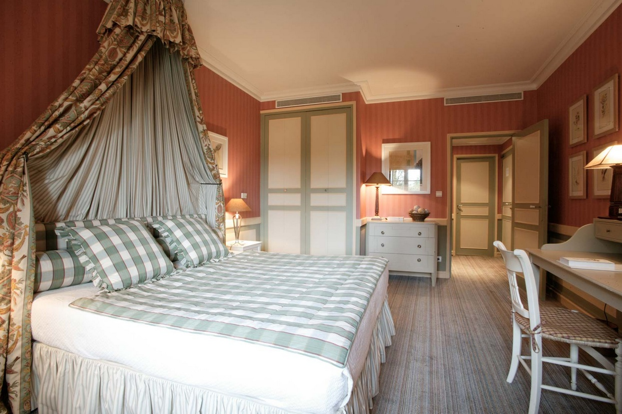 7-Traditional-bedroom-design