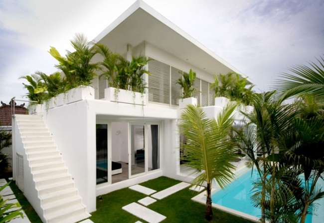 Exotic Contemporary Style House in Bali