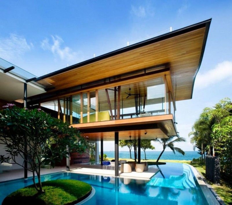 Modern-Architecture-The-Fish-House-with-modern-swimming-pool-and-outdoor-living-room-801x708