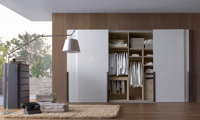 Modern-Closets-and-Wardrobes-Design-for-Small-Room