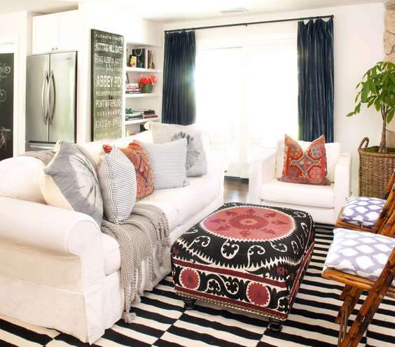 Modern-Eclectic-Living-Room-Furniture-Design