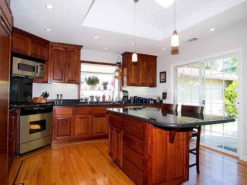 Modern-Wooden-Kitchen-Furniture-Ideas