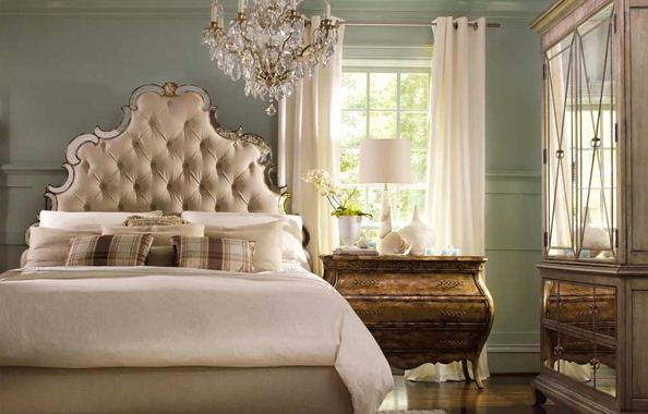 Traditional-Bedroom-Designs-interesting-piece-like-this-bedside-table