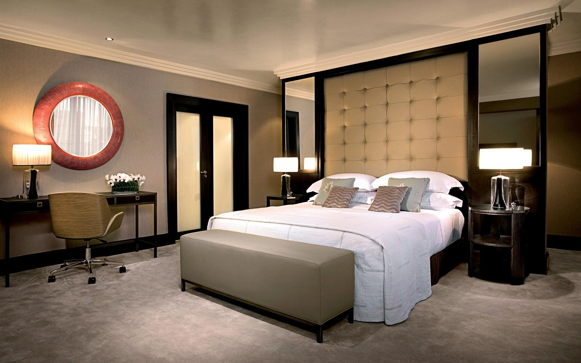 Traditional-bedroom-interior-design-5