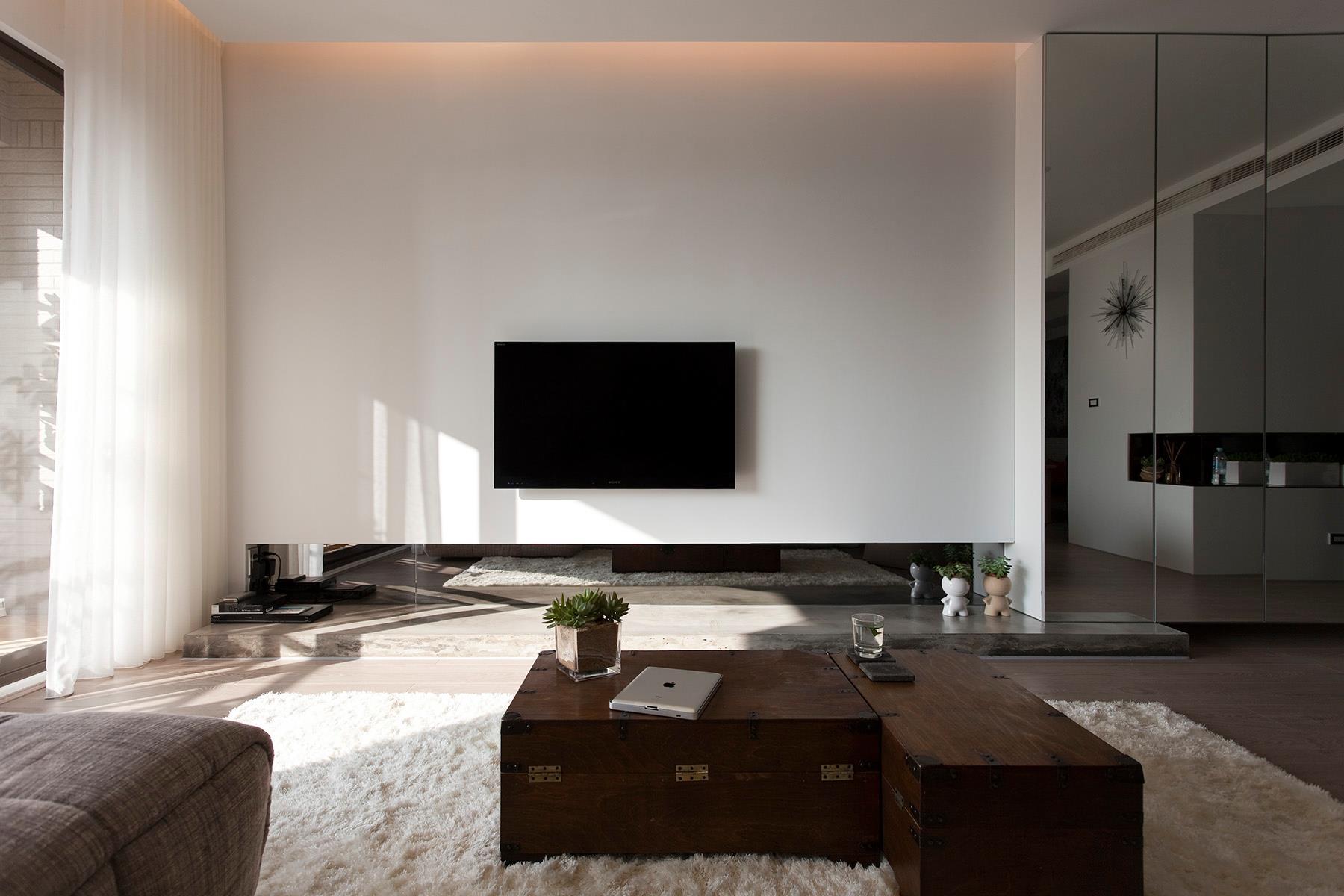 living-modern-amazing-design-on-living-room-design-ideas