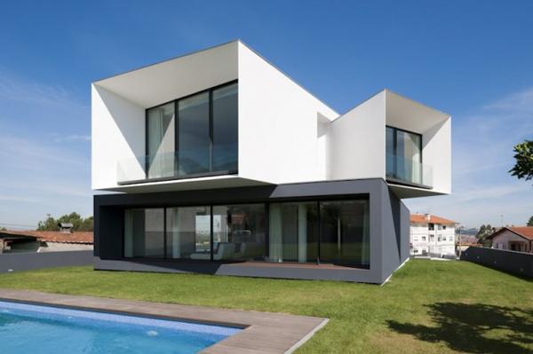 modern-multi-level-house-portugal