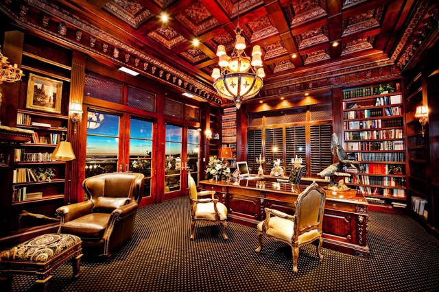 traditional-home-office-and-library