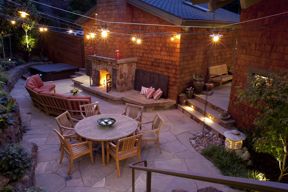 traditional-outdoor-patio-string-lighting-ideas-image