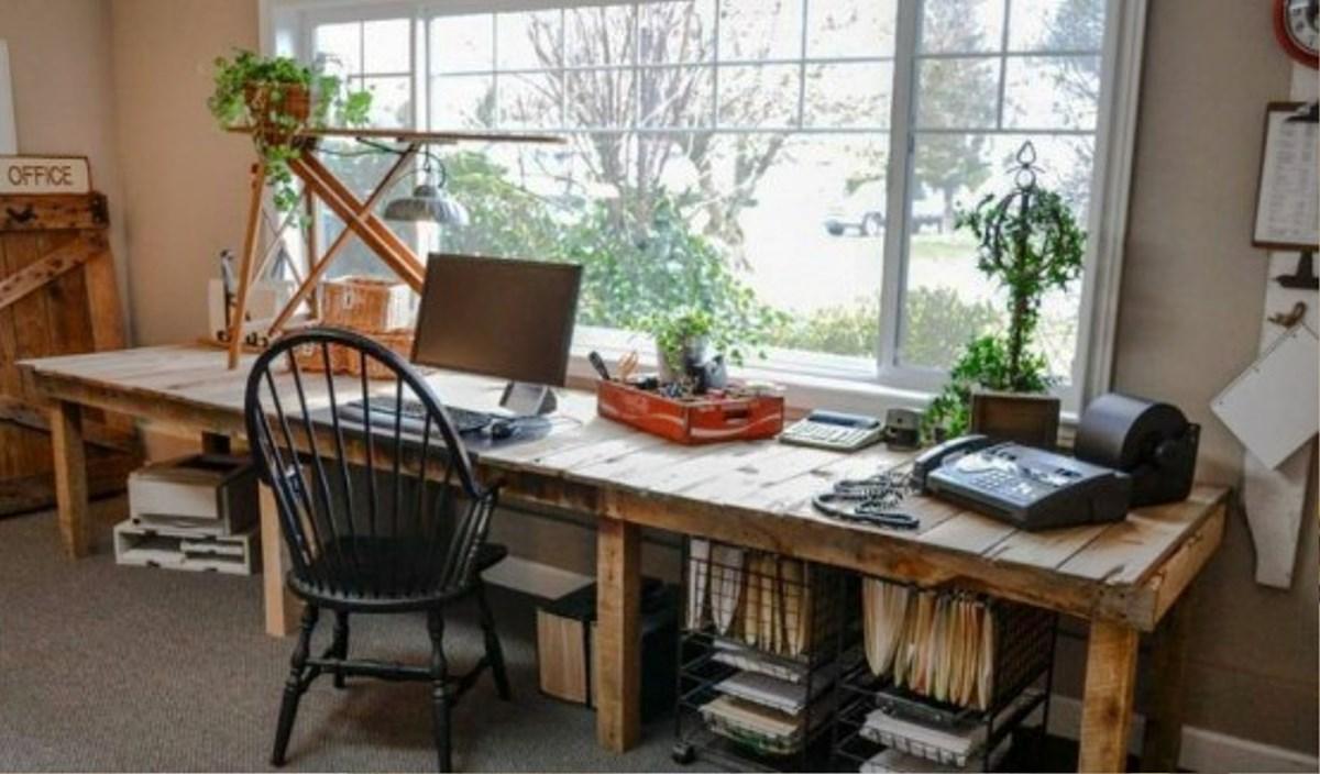 Farmhouse-Home-Office-Decorations2