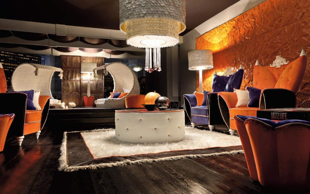 Luxurious-Colorful-Living-Room