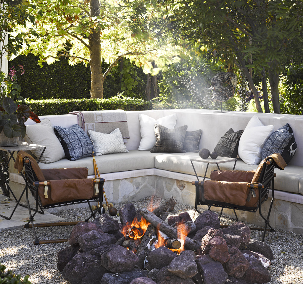 admirable-beach-style-patio-design-idea-with-fireplace-gray-sofa-and-black-white-throw-pilows-fantastic-beach-style-patio-design-ideas