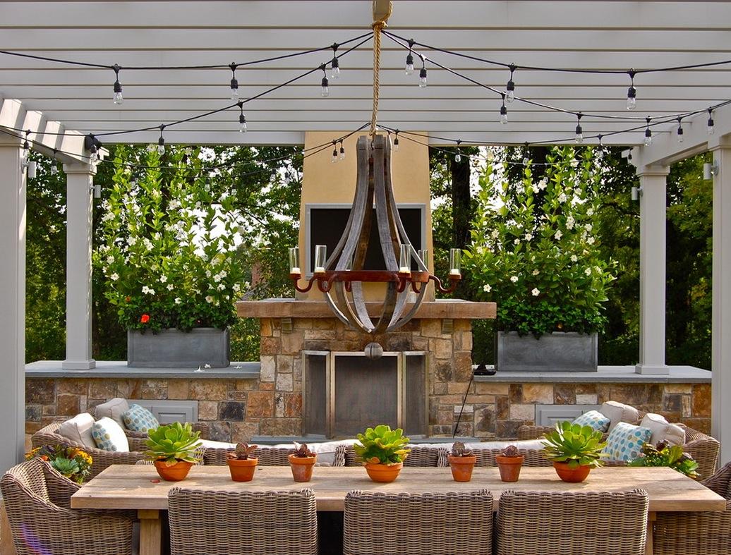 industrial-home-details-exterior-lighting