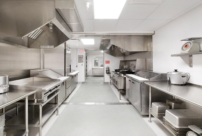 industrial-kitchen-design-ideas-with-stainless-steel-worktop