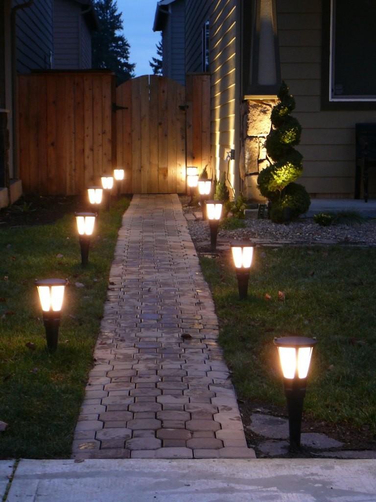 outdoor-landscape-lighting
