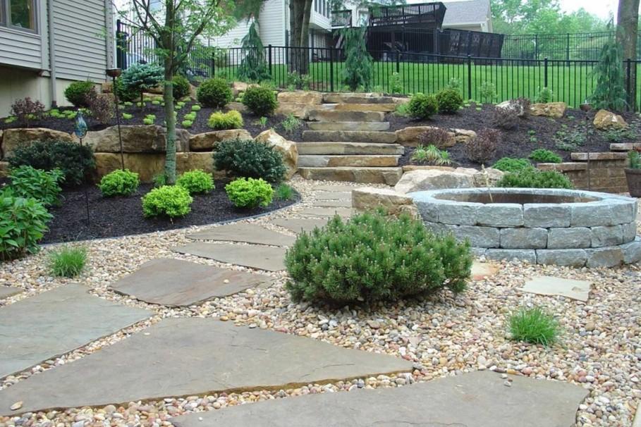 beautiful-metal-fence-also-stone-garden-