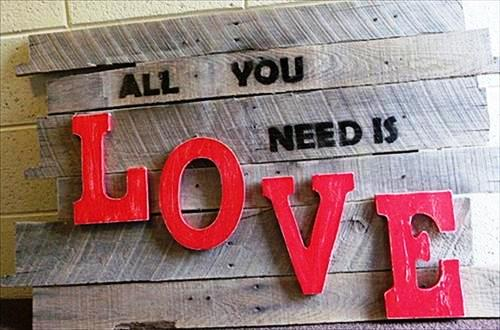 diy-wall-art-designs-with-pallet-wood