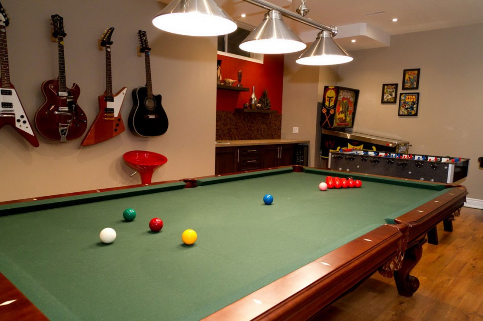 game-room-decor-furniture