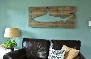 12 Fabulous DIY Pallets Wall Art Ideas