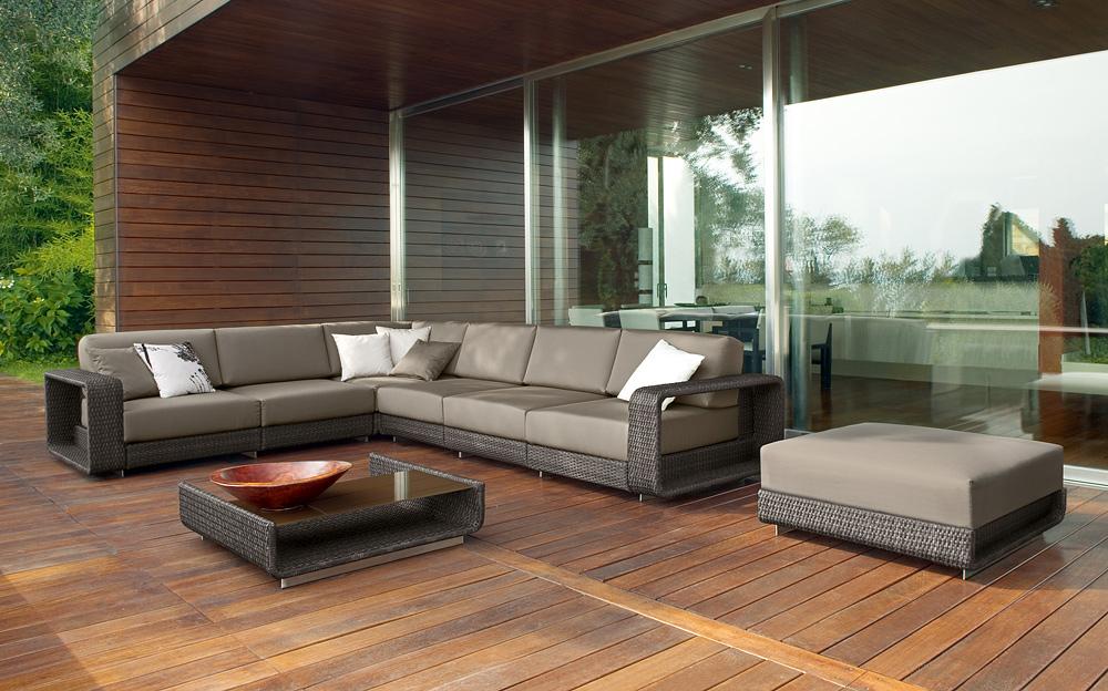 sharp-rattan-outdoor-sofa-furniture