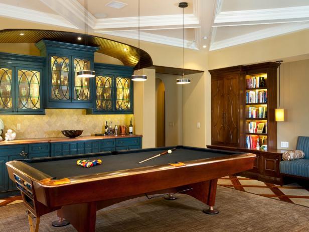 traditional-living-room-billiard-room_