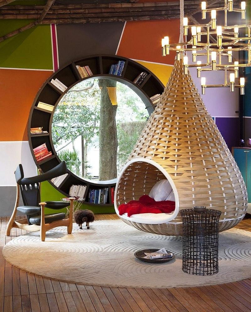 Audacious-contemporary-living-room-with-a-circular-bookshelf