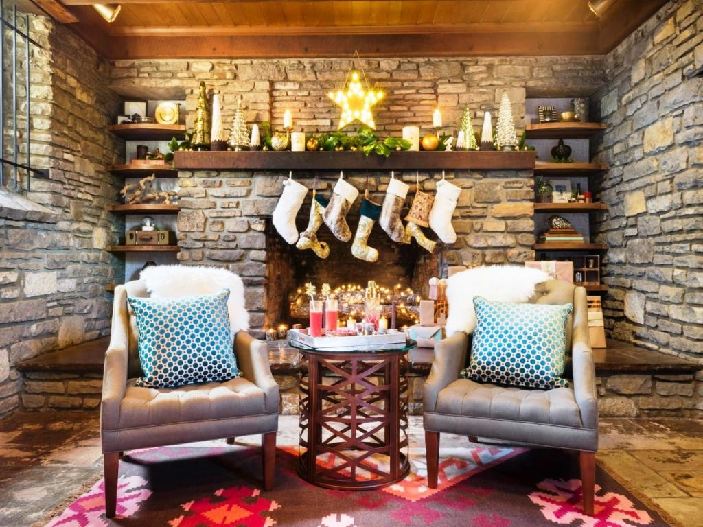 Original_Holidays-at-Home-Fireplace-Wide
