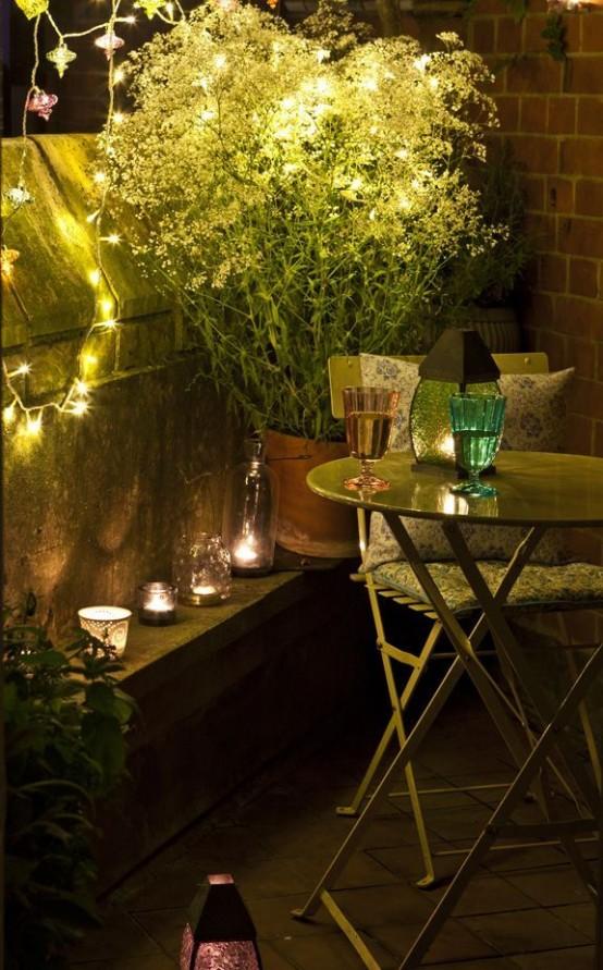 small-balcony-design-ideas-33