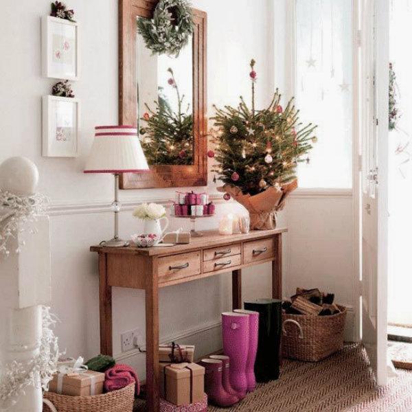 Tree-and-wreath