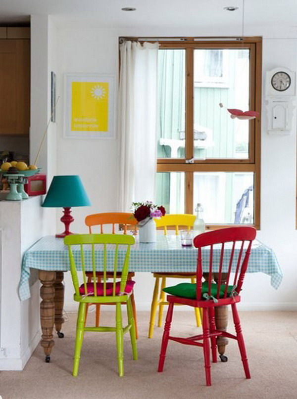 colorful-vintage-dining-room