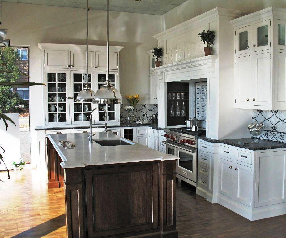 Traditional-Kitchen-Designs-for-Small-Kitchens