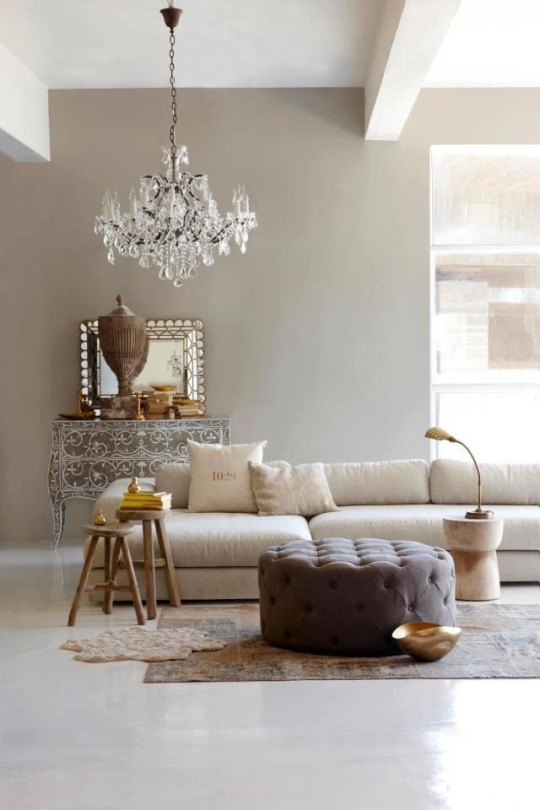 Elegant living room (27)