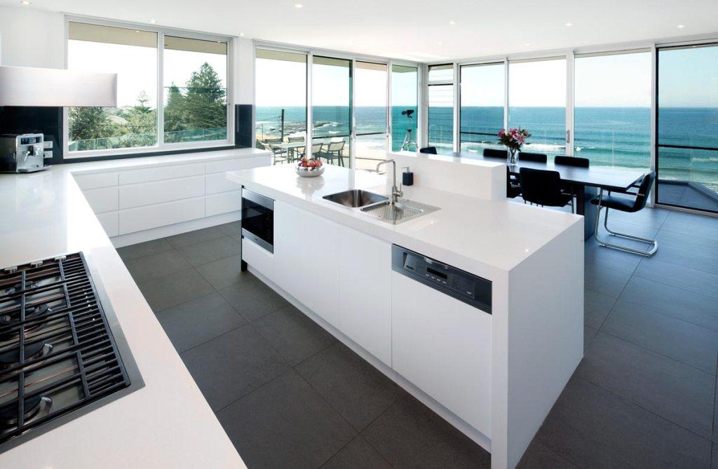 beautiful-white-modern-kitchen