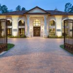 Classic Transitional Style House In Texas