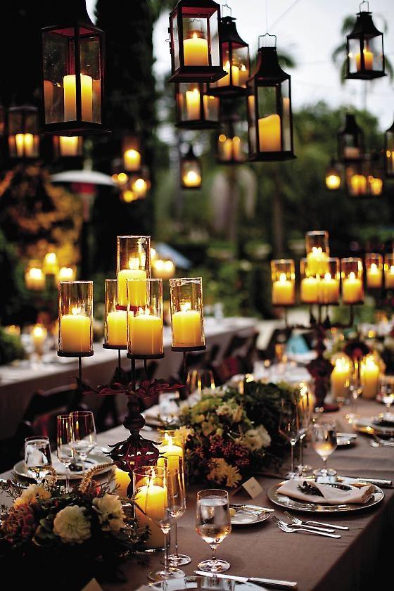 spooky but elegant halloween wedding table